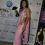 Shilpa Shetty hot sexy in pink saree at DNA Awards