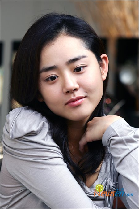 Moon Geun-young - Gallery Colection