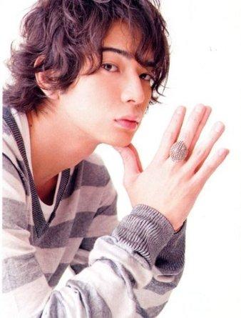 [Resim: Jun-matsumoto-21.jpg]