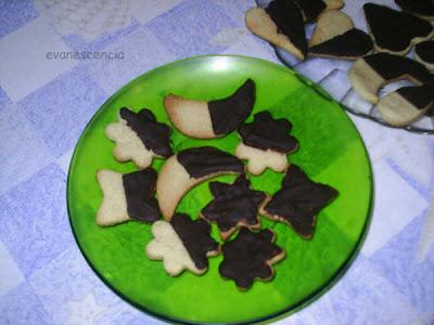 pastas de almendras y chocolate