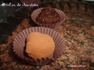 decorar bolas de chocolate