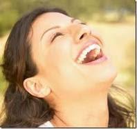 sonriendo a plenitud de pura felicidad.jpg__Www.matutinosespirituales.blogspot.com