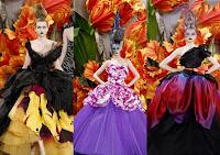 Definition: Strikingly Bold; Showy. Origin: 1825 35; French Syn: Colorful,  Flashy Ant: Dull, Plain. Example Sentence: Big, Flamboyant Fragment Flower  ...
