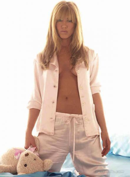 Jennifer Aniston Bare Chest Photoshoot For Allure February 2011