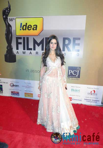 hot celebrities pics bollywood celebrities at 56th filmfare awards ceremony