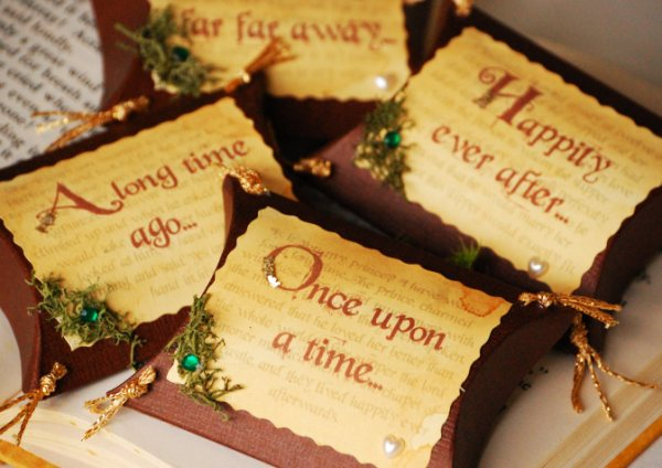 Joanne has created these stunning Enchanted Fairytale Pillow Favour Boxes