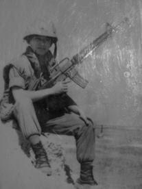Áo Giáp Nón Sắt M16 và Giầy Bố Đen