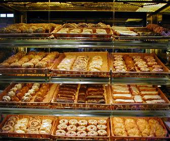 Cake Bakeries In Ri