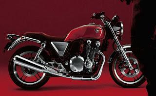 Honda CB1100F.