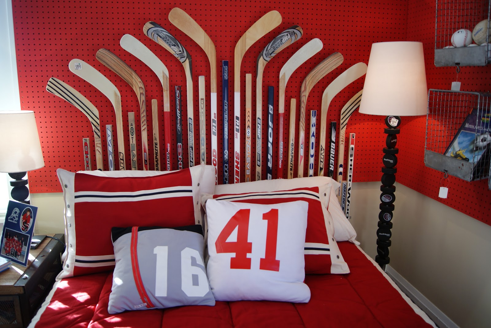 Signet Scribe Kids Bedroom Hockey Theme