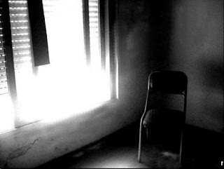 [silla+sola.jpg]