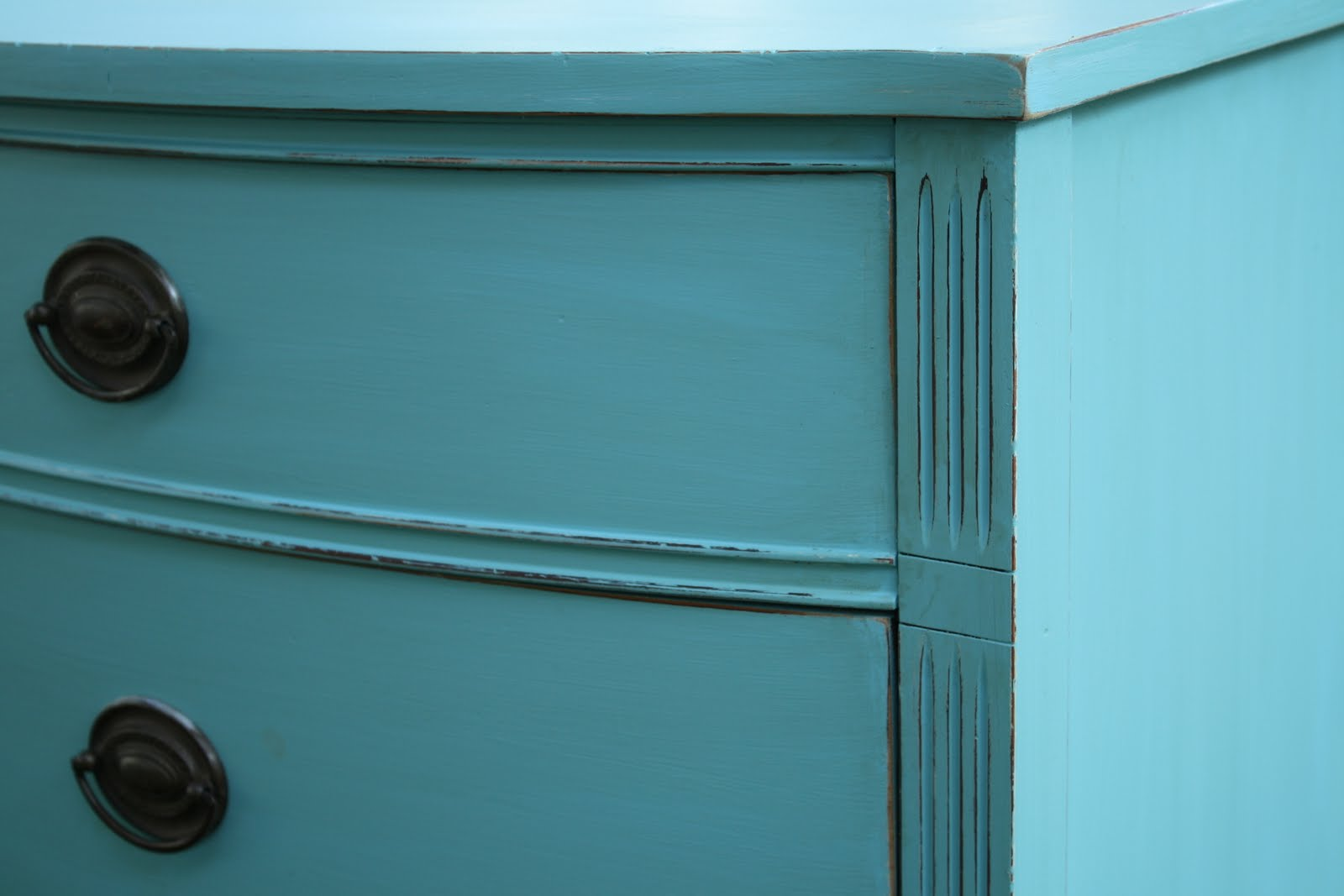 remodelaholic turquoise painted dressers. Black Bedroom Furniture Sets. Home Design Ideas