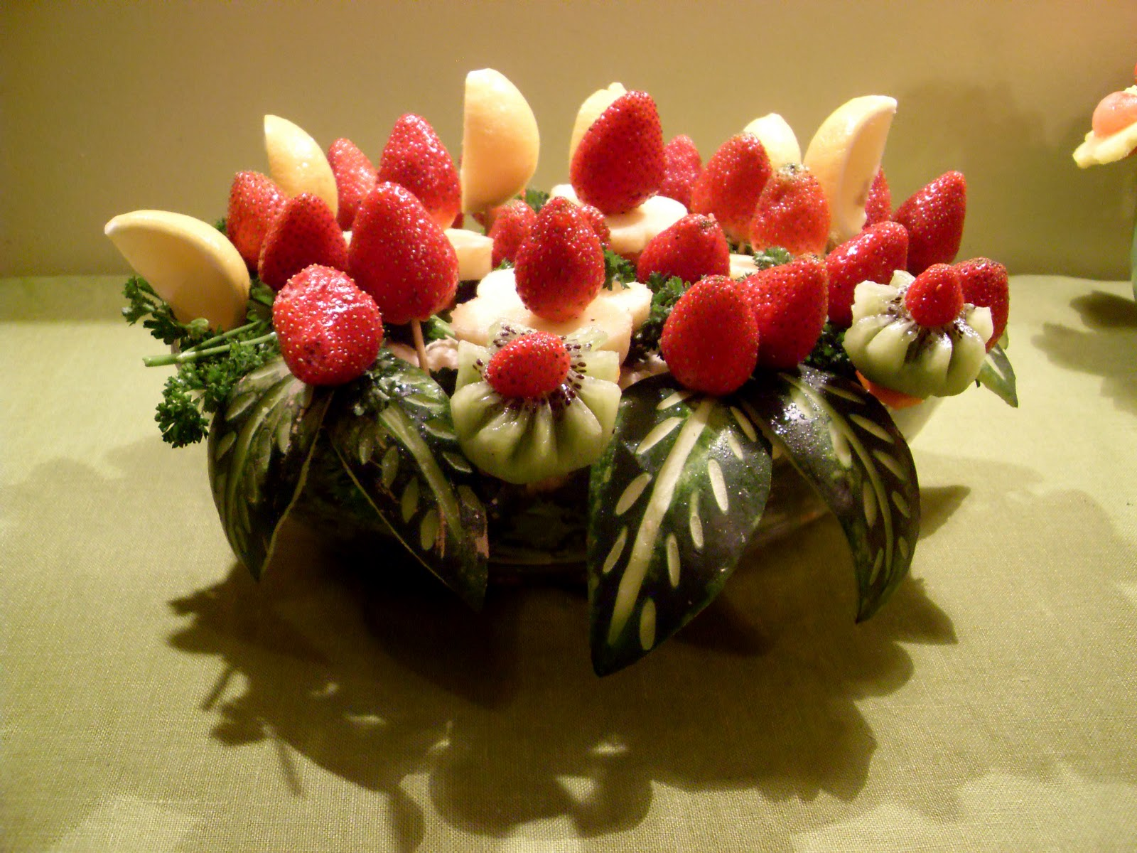 Edible arrangements Fruit bouquet