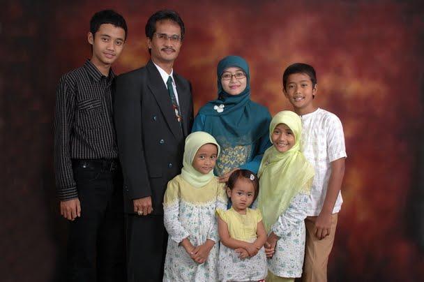 Ery Ridwan Latief & Keluarga