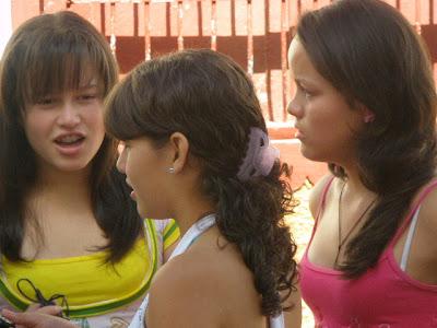 Las Jovenes Son Camila Hija De Marcela Arboleda Erica Noraldo