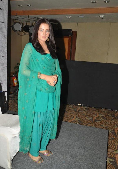 celina jaitley at lets design event photo gallery