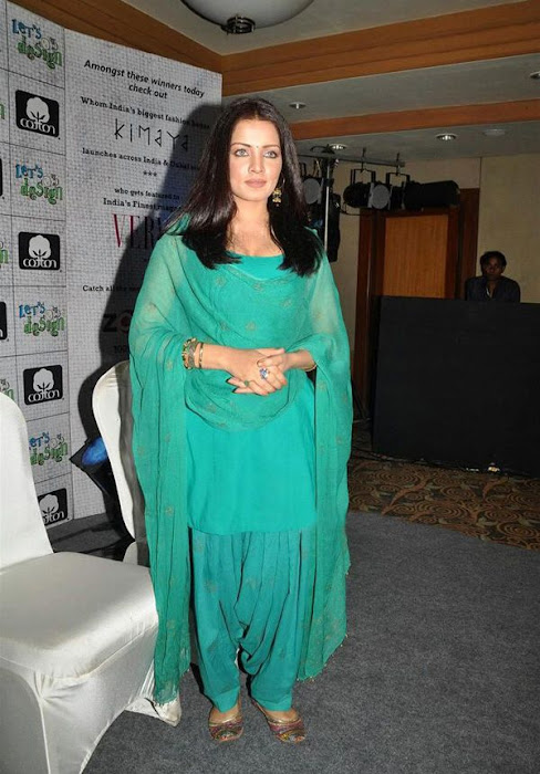 celina jaitley at lets design event cute stills