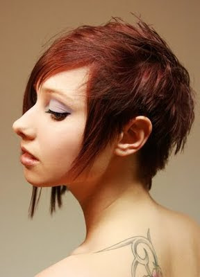 Excellent Beauty Short Bob Hairstyle Trend for Winter 2010