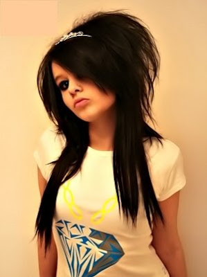 Modern And Cool Emo Girls Haircuts