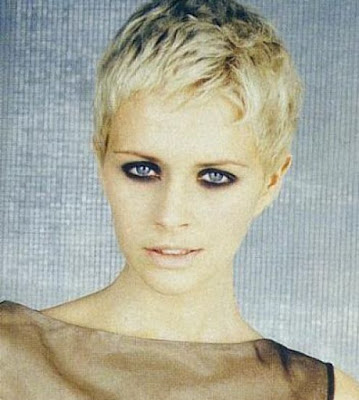 Cool Feminime Short Blonde Haircuts Hairstyles 2010