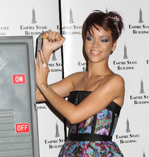 Rihanna - Beauty Short Hairstyles