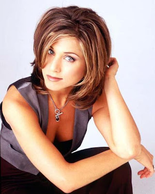 Jennifer Aniston Ugly Hair. wallpaper jennifer aniston hair colour. jennifer aniston dark brown hair.
