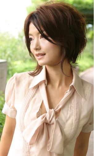 Trendy Japanese short haircuts