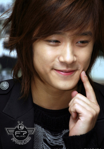 emo hairstyle for guys. wallpaper Emo Hairstyle emo