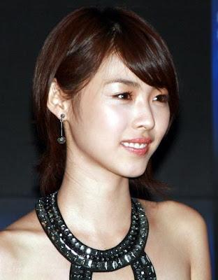 medium length womens hairstyles. Chinese Medium Length Haircuts 2010 : Harajuku Fashion