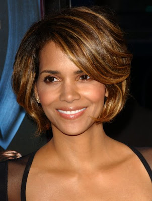Afro Hairstyles of Halle Berry