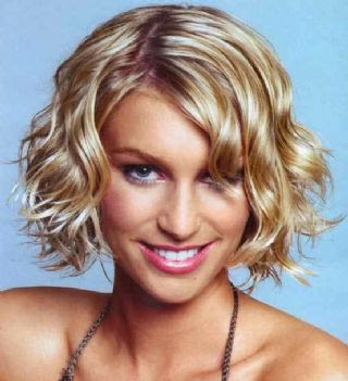 Haircuts Short Wavy Hair Female