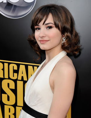 really short haircuts for women 2010. Very Stylish Short Prom