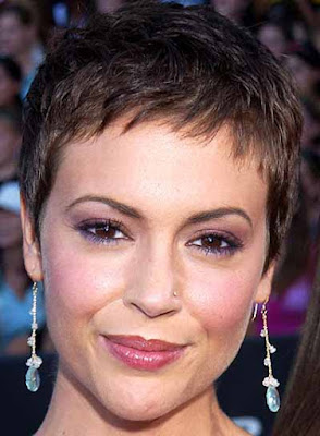 Short Pixie Hairstyles for Women in Winter 2010