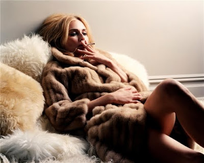Although i think smoking is a bad habit, Diane Kruger looks more than