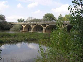 Bikini bajo el puente 2010