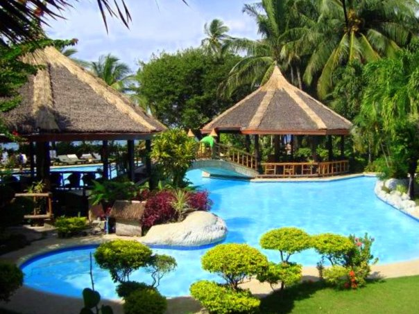 Philippines Beach: Coco Beach Island Resort