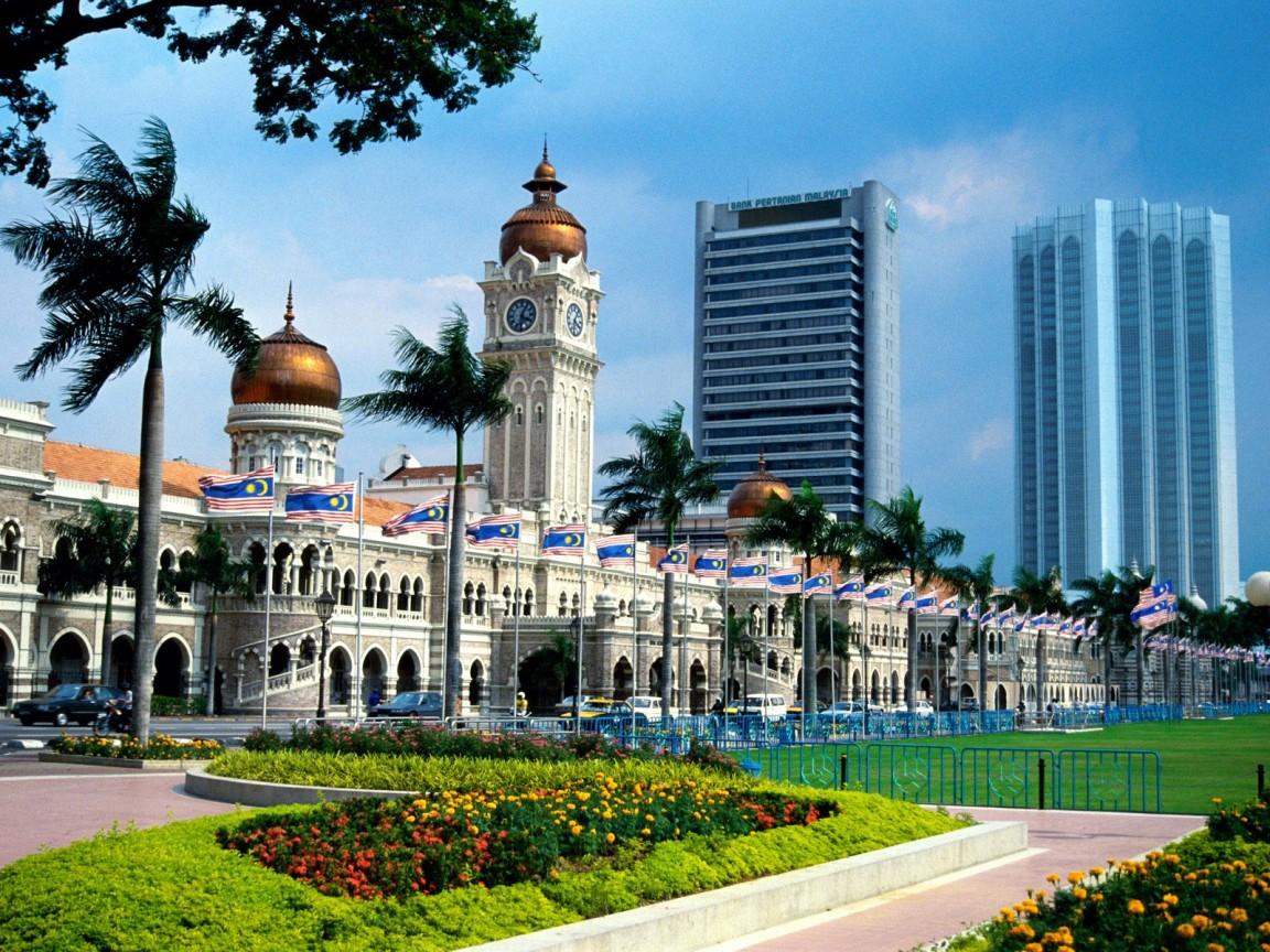 http://2.bp.blogspot.com/_34PE0ZEgM80/S_gLJtbdAEI/AAAAAAAAPVE/CxCcPOUz8eQ/s1600/Kuala+Lumpur+wallpaper+(3).jpg