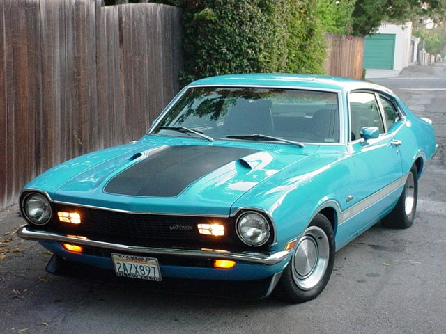 Front 3/4 view of 1972 Ford Maverick Grabber