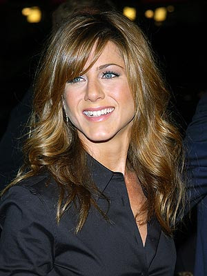 jennifer aniston bangs hair
