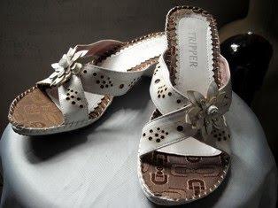 White Flower Sandal