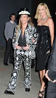 Charlize Theron Makes Everyone Look Good