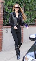 Lindsay Lohan's Hardcore Lesbian Leggings And Boots Combo