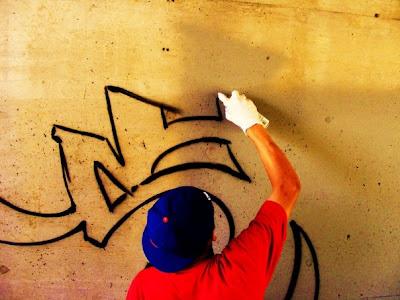 How exactly do I write in graffiti