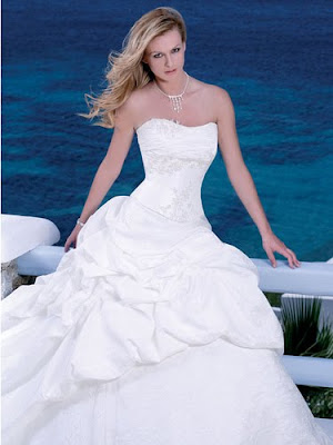 Wedding Dress,Wedding Dress with Modern Beach Theme