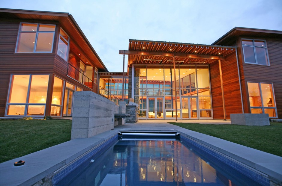 Dyes inlet residence by arkinetic housevariety for Furniture world bremerton