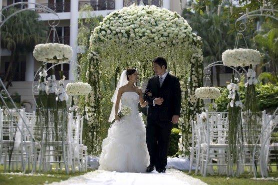 Outdoor Wedding Gazebo Decorating Ideas : The luxe bride we love gazebos