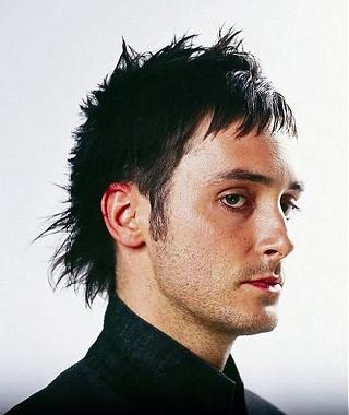 Nah, itulah model rambut pria 2011.