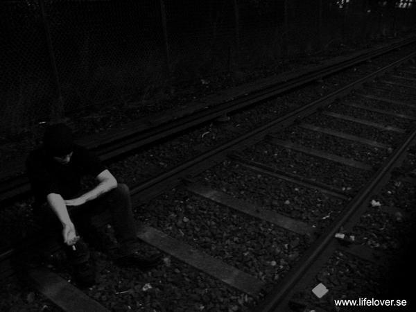 Minha vida e um poço de escuridao e dor!!!