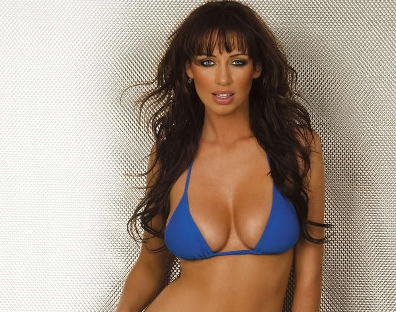 Sexy big boob girl gives blowjob