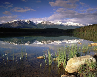 Canada Travel: Patricia Lake, Jasper National Park